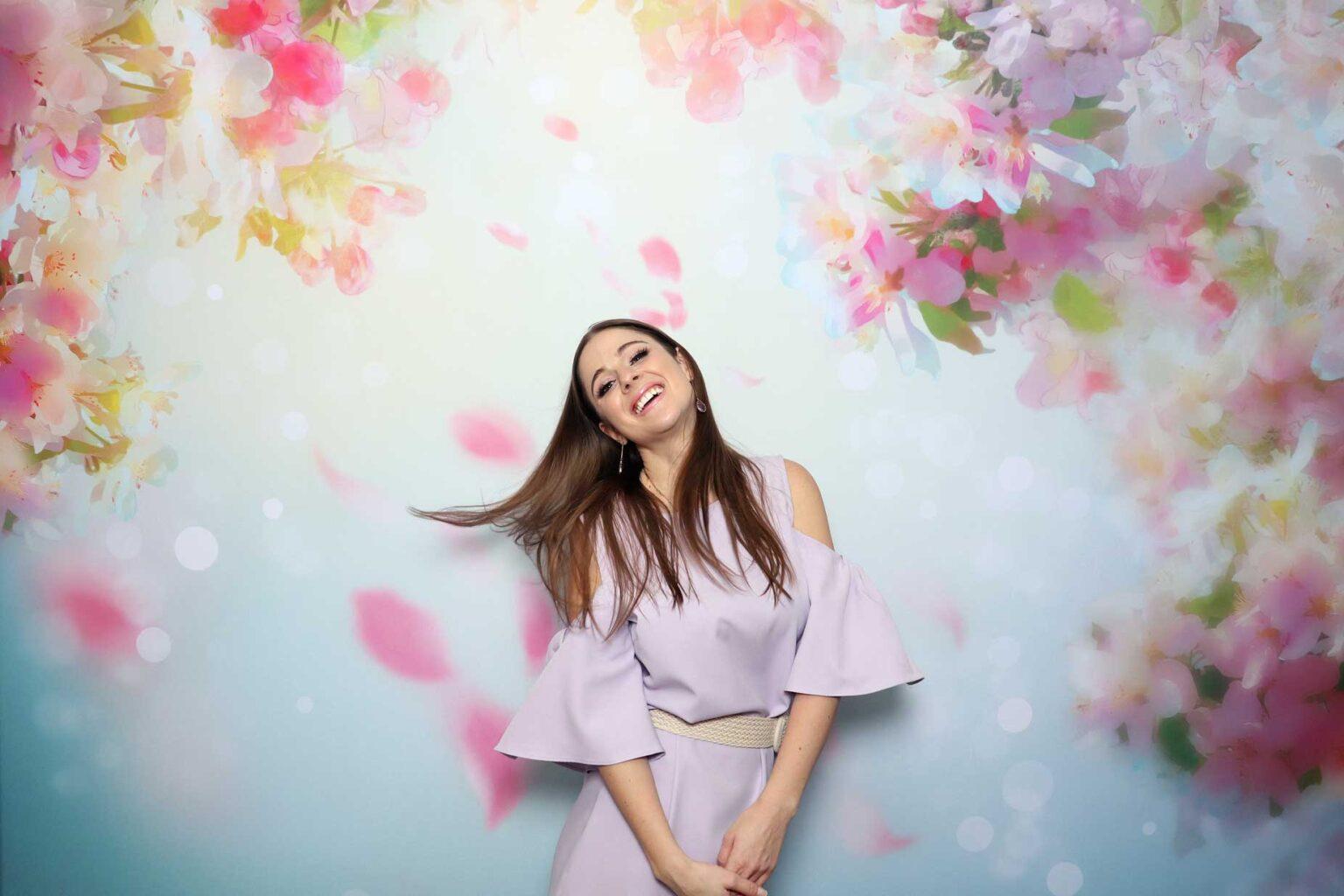 fotokutik na svadbu fotostena cherry blossom fotobox zilina FOTOKÚTIK.sk