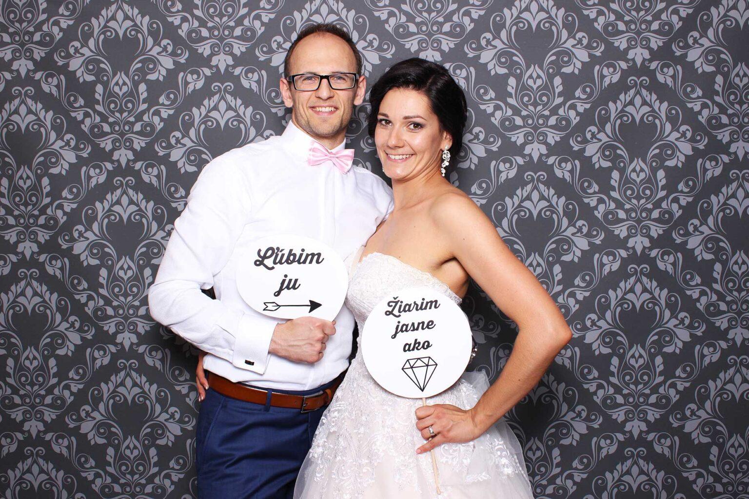fotokutik na svadbu fotostena svadobne rekvizity FOTOKÚTIK.sk