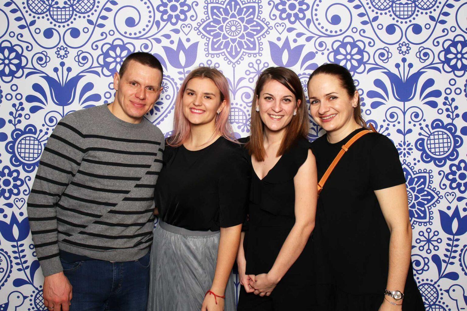 Fotokútik Silvester - firemný večierok - fotobúdka na event.