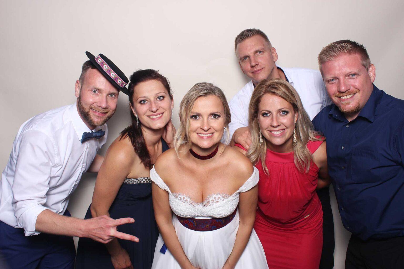 Fotostena Ivory - svadba - fotokútik prenájom, Tomášov.