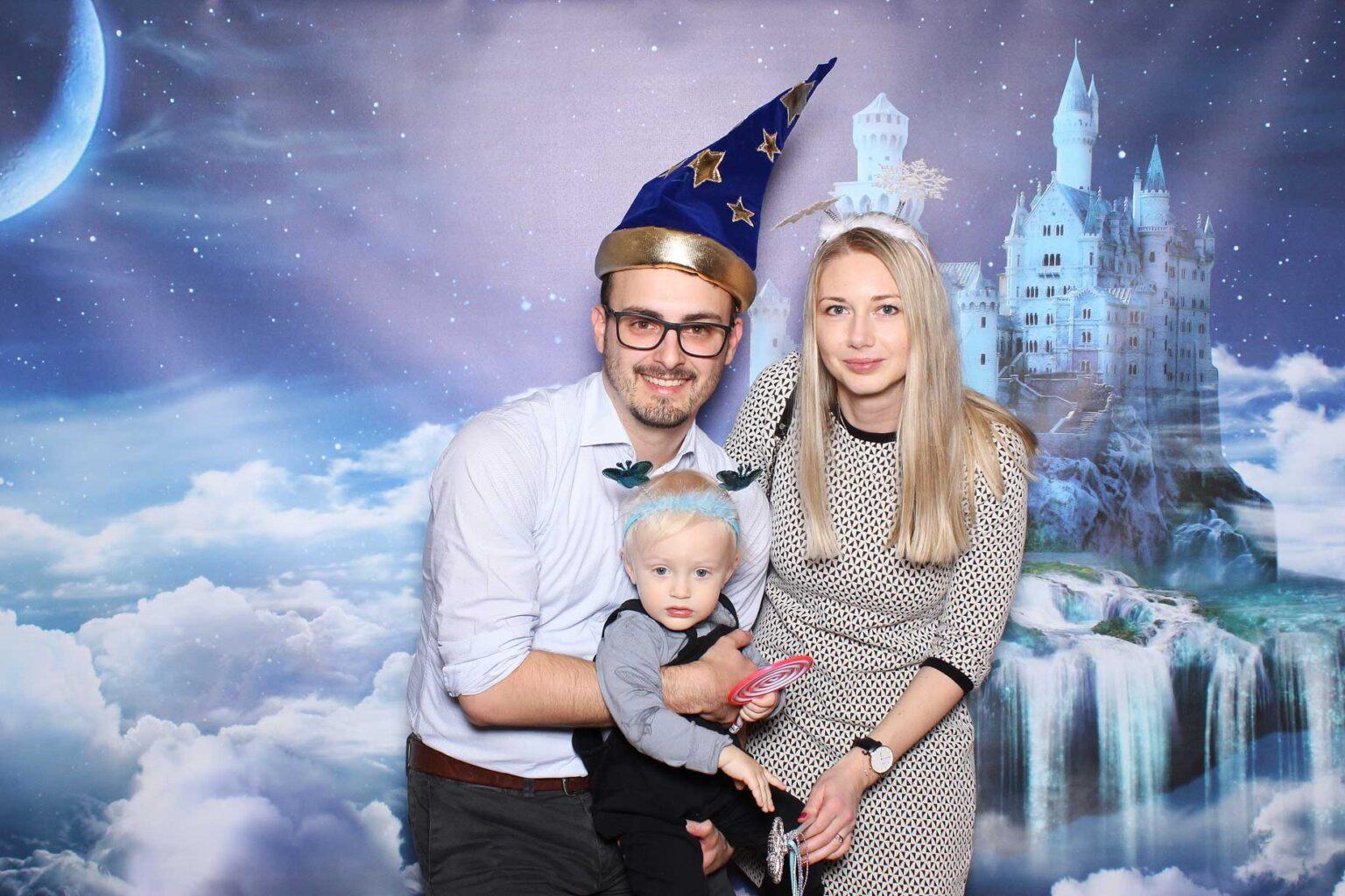 Pozadie fairytale castle - rozprávkový hrad - fotokútik.