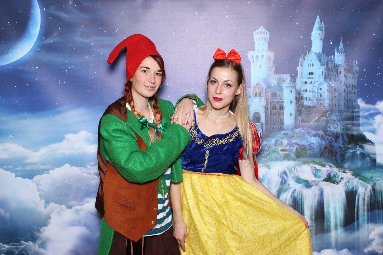 Pozadie Rozprávkový hrad - fotokútik fantasy event.