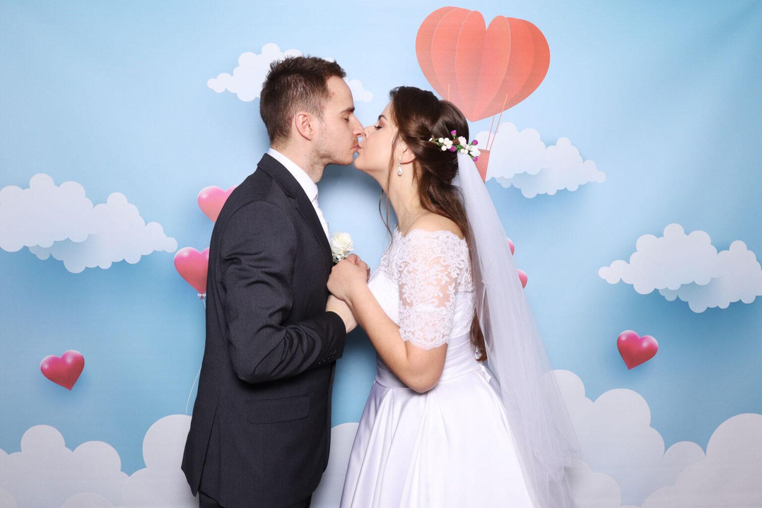 Svadobný fotokútik - fotobúdka na svadbu - pozadie.